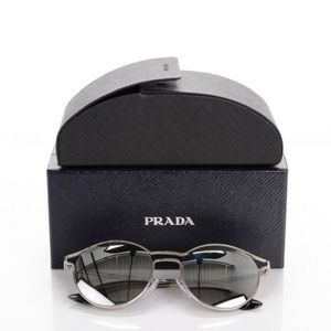 NEVER BEFORE WORN AUTHENTIC PRADA SHADES